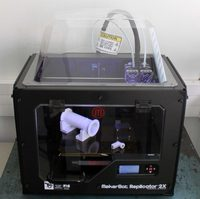 Imprimante 3D Makerbot Replicator 2X